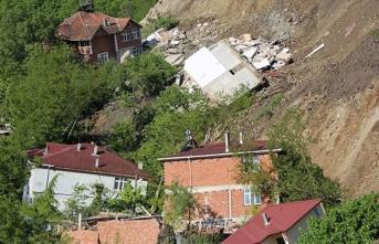 'Ordu'daki heyelanda yıkılan konutların inşasına en kısa sürede başlanacak'