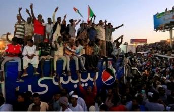 Sudan'da darbeci ordu, yönetimde sivil çoğunluk istemiyor