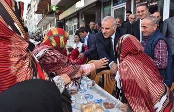 Trabzon Büyükşehir'in iftarı bu kez Hayrat'taydı