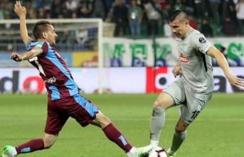 Trabzonspor, deplasmanda Çaykur Rizespor'u 3-2 yendi