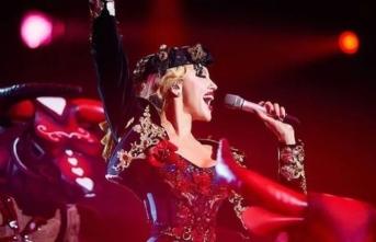 Ukrayna'da ünlü pop yıldızı parti kuruyor