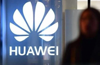 Yaptırımlar sonrası Huawei'den ilk kötü haber geldi!