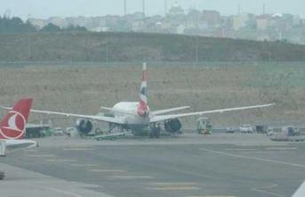 211 yolculu uçakta panik anları! İstanbul'a indi