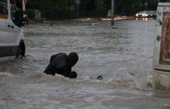 Ankara'da sele neden olan sağanak 3 can aldı