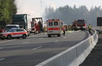 Çocukları taşıyan otobüs kaza yaptı! 26 yaralı