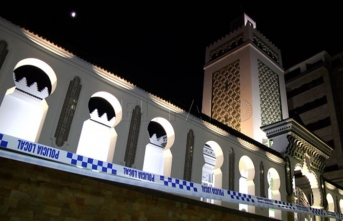 İspanya'da camiye saldırı düzenlendi! İlk görüntüler