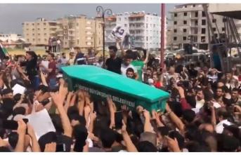 Muhalif Suriyeli futbolcu için Reyhanlı'da kitlesel cenaze töreni