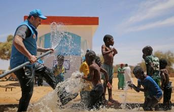 Bornova Koleji öğrencilerinden Afrika'ya su kuyusu bağışı