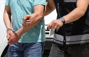 CHP'li başkana FETÖ'nün 15 Temmuz darbe girişimini övgüden gözaltı