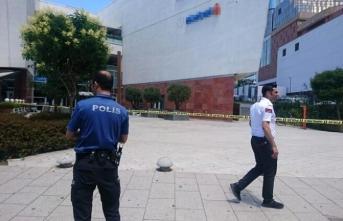 İstanbul'da rehine krizi! Polis giriş-çıkışları kapattı