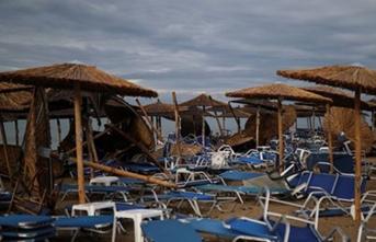 Sağanak ve fırtına nedeniyle 6 turist öldü