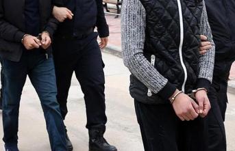 İzmir merkezli 8 ilde dev operasyon! Çok sayıda gözaltı