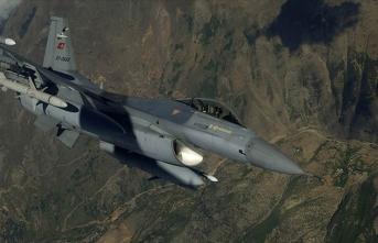 Bakanlık açıkladı: Türk F-16'ları Fırat'ın doğusunda uçtu