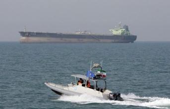 İran, Körfez'de bir tankere el koydu!