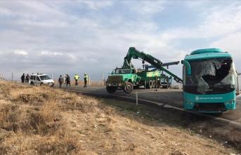 Çankırı'da otobüs kazası: Onlarca yaralı var!