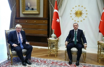 Cumhurbaşkanı Erdoğan, İngiltere Başbakanı Johnson ile görüştü!