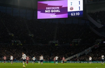 Premier Lig'de Everton kazandı, Tottenham berabere kaldı