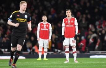 Çin televizyonu Özil'in Uygur tepkisi sonrası Arsenal'in maçını yayından kaldırdı
