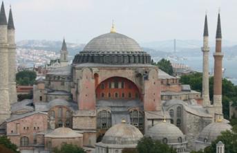 İBB'ye farklı inançlar için 50 din görevlisi