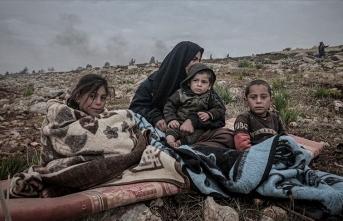 İdlib'de son bir günde 2 bin sivil daha yerinden edildi