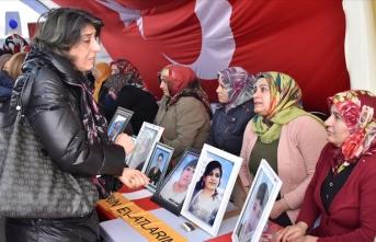 İTO Meclis üyelerinden Diyarbakır annelerine destek