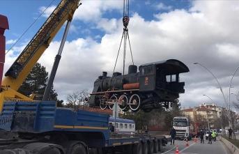 'Tren kütüphane' yeni yerine taşındı