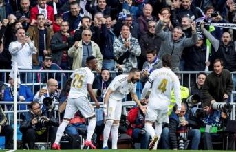 Derbiyi kazanan Real Madrid liderliğini korudu