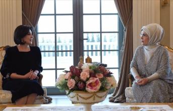 Erdoğan Özbekistan Cumhurbaşkanı Mirziyoyev'in eşi ile görüştü