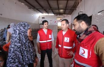 Kızılay'dan Gazzeli anneye yardım eli