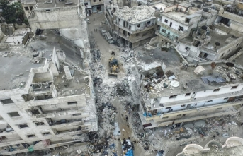 Rusya İdlib'e saldırdı: Çok sayıda ölü var