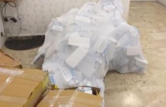 İstanbul'da operasyon! 10 binlerce kaçak maske yakalandı