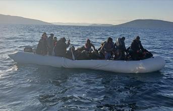 İzmir'de Türk kara sularına geri itilen 121 sığınmacı kurtarıldı