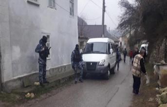Rus güvenlik güçlerinden Tatarların evine baskın