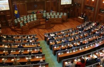 Kosova'da hükümet görevden düştü