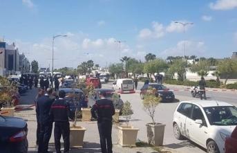 Tunus'ta bombalı saldırı! ABD Büyükelçiliği...