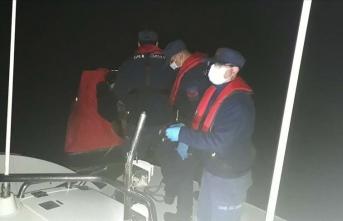 Türk kara sularına dönmeye zorlanan 18 sığınmacı kurtarıldı