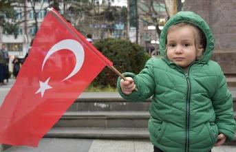 Türkiye Mehmetçik için tek yürek