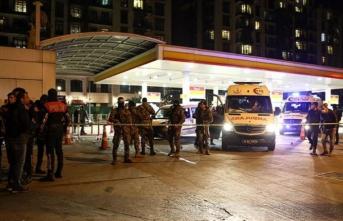 Beyoğlu'nda sıcak saatler! Polis ekiplerine ateş açıldı