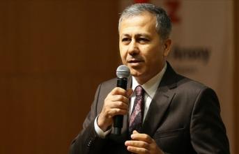 İstanbul Valisi Yerlikaya'dan AA Yönetim Kurulu Başkanı ve Genel Müdürü Kazancı'ya tebrik mesajı