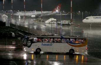 6 ülkenin taşımayı reddettiği Arjantin'deki Ukraynalıları Türkiye getirdi