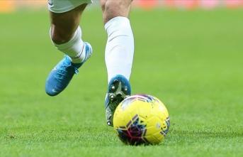Almanya'da futbol kulüplerine yapılan testlerde 10 kişide koronavirüs tespit edildi