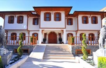 Bahçeli'nin Osmaniye'de doğduğu evin yerine Devlet Bey Konağı yapıldı