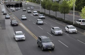 Başkentte bayram öncesi şehrin giriş ve çıkışlarında trafik yoğunluğu yaşandı