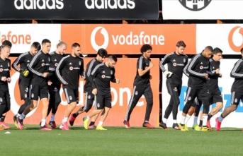 Beşiktaş, Süper Lig için BJK Nevzat Demir Tesisleri'nde iki kamp yapacak