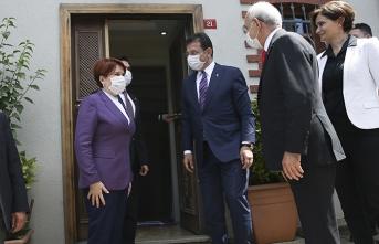 CHP'den Akşener'e tam kadro bayram ziyareti