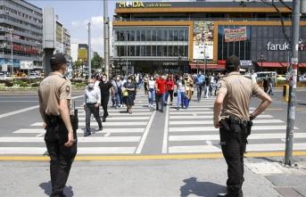 Ankara'da maske denetimi yapıldı
