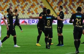 BtcTurk Yeni Malatyaspor, evinde Göztepe'yi 2-1 yendi