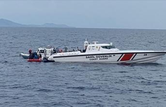 Çanakkale açıklarında Türk kara sularına itilen 62 sığınmacı kurtarıldı