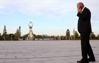 Cumhurbaşkanı Erdoğan'dan 'Ankara'da mesaiye devam' paylaşımı