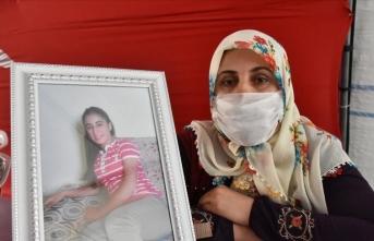 Diyarbakır annesi Hanım Dalçiçek: Kızımı bıraksınlar, gelsin